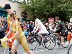 DSCN2126 (IantoJones2006) Tags: fremont solstice cyclists 2017 naked bike seattle parade nude painted body paint bicycle