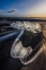 Jökulsárlón Beach (Toni_pb) Tags: iceland islandia ice beach jökulsárlón jokulsarlon cubes landscape paisaje hielo nikon nature naturaleza nikkor1424f28 d810