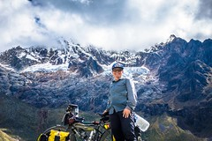 Amanda enjoying beautiful glacier views as we ascend Portachuelo pass.
