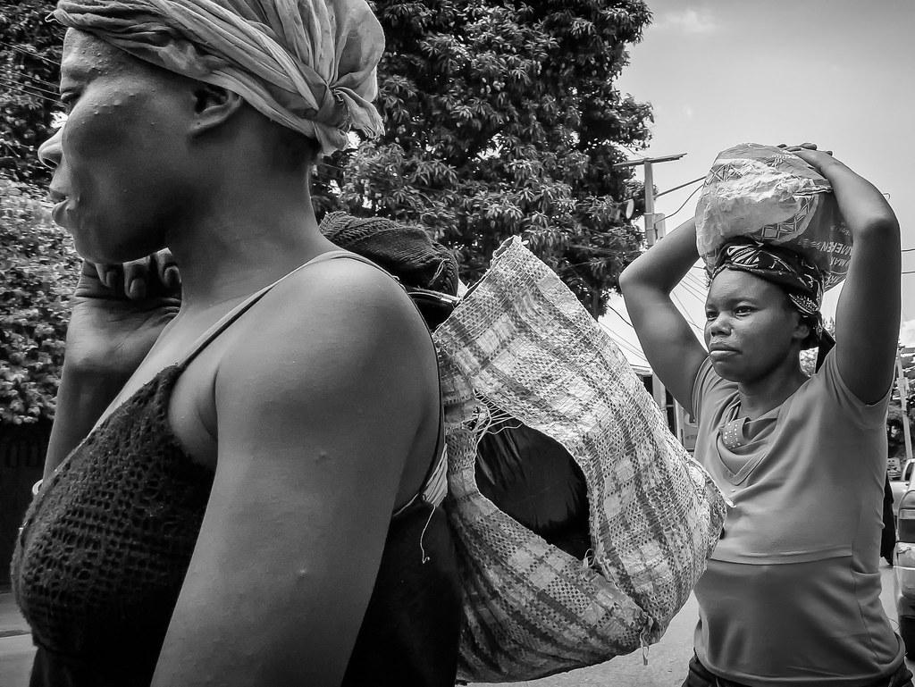 e346110be Woman in Haiti (JAIRO BD) Tags: haiti haity portauprince caribe jbd