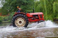 IMG_0433 (Yorkshire Pics) Tags: 1006 10062017 10thjune 10thjune2017 newbyhalltractorfestival ripon marchofthetractors marchofthetractors2017 ford fordcrossing river rivercrossing tractor tractors farmingequipment farmmachinery agriculture yorkshire northyorkshire