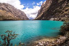 Lagune de Llanganuco (Voyages Lambert) Tags: huaraz punoregion cuscocity machupicchu inca famousplace southamerica andes mountain valley macchu picchu piccu pichu