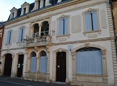 La maison Claude Augé à l'Isle-Jourdain. (Claudia Sc.) Tags: lislejourdain gers architecture maison façade claudeaugé france