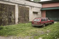Volkswagen Passat GL 1987 (Khuroshvili Ilya) Tags: retro vintage car auto vehicle abandoned garage ostashkov vw gl passat 1987 volkswagen