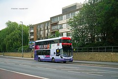temple green (D Stazicker Photography) Tags: 35213 leeds first bus group temple green park ride wrights streetdeck hunslet