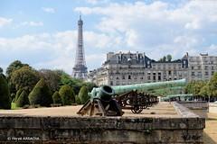 Esplanade des Invalides (hervekaracha) Tags: france paris invalides esplanadedesinvalides eiffel toureiffel nikon d610 canon