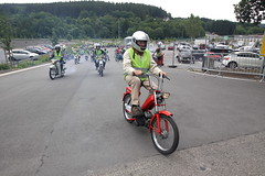 IMG_9356 (Christophe BAY) Tags: mobyltettes francorchamps 2017 rétromobile club spa circuit moto vespa camino flandria