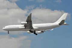 'SHT9B' (BA1443) EDI-LHR (A380spotter) Tags: approach landing arrival finals shortfinals threshold airbus a340 300 cstqz a6err 9vsjk hifly hiflyltd hfy 5k wetlease operatingfor internationalconsolidatedairlinesgroupsa iag britishairwaysshuttle sht britishairways baw ba sht9b ba1443 edilhr industrialactionbymixedfleetcabincrew0116072017 strike runway27r 27r london heathrow egll lhr