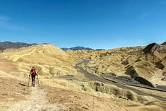Seeking Shade (garshna) Tags: hiking deathvalleynationalpark goldencanyon gowergulch zabriskiepoint desert sky