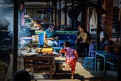 Kale's life in the morning market, Shan state, Myanmar (natzuda) Tags: kalaw shan state myanmar asia asean life mist market morning