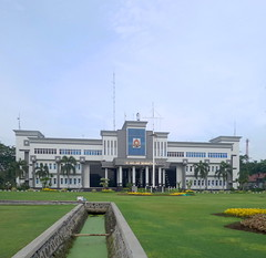 Akademi Angkatan Laut Surabaya (Everyone Sinks Starco (using album)) Tags: surabaya eastjava jawatimur architecture arsitektur gedung building akademiangkatanlaut navyacademy