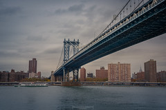 Front side (Mariano Colombotto) Tags: newyork ny nyc river bridge manhattan manhattanbridge city cityscape skyline rio travel tourism view vista clouds nubes sky cielo nikon photographer photography buildings architecture usa unitedstates estadosunidos autofocus infinitexposure