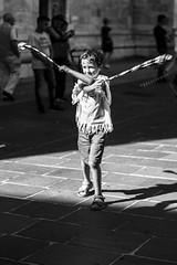 Parada 2017 - by Alessia Bonfanti (Parada par Tücc) Tags: paradapartücc como arte artedistrada parada laboratori parada2017 tuttialmare bolas comosangiovanni fari danzaafro hulahoop