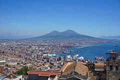Mount Vesuvius and Naples - view from Castel Sant'Elmo (SomePhotosTakenByMe) Tags: castelsantelmo festung fortress urlaub vacation holiday italy italien naples napoli neapel city stadt outdoor vomero panorama aussichtspunkt viewpoint vesuv volcano vulkan berg mountain mountvesuvius harbor harbour port hafen downtown innenstadt skyline meer sea ocean ozean mittelmeer tyrrheniansea tyrrhenischesmeer mediterraneansea golfvonneapel gulfofnaples boot boat ship schiff