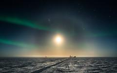 Moon Halo over DarkSector (redfurwolf) Tags: southpole antarctica antarctic moon halo sky night nightsky auroraaustralis aurora snow ice darksector stars icecubelab spt mapo dsl outdoor landscape nature redfurwolf sonyalpha sony sal1635f28za