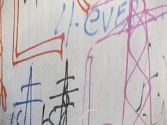 Masten (gittermasttyp2008) Tags: strommast strommasten strom stahlgittermast richtungswechsel energie electricitytower energy powertower powerpole power pylon powerpylon powerline pole graffiti graffitistrommast germany entdeckt wandern laufen collor farbe