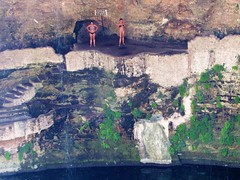 Getting ready to jump (thomasgorman1) Tags: cliff sinkhole pool waterpool cenote people women swimmers valladolid yucatan mexico water freshwater cavern