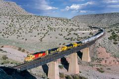 ATSF 3828 West at Abo Canyon, NM (thechief500) Tags: atsf abocanyon bnsf clovissubdivision imacon949scan railroads atchisontopekaandsantafe santaferailway nm newmexico