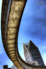 Still I Turn To You (DetroitDerek Photography ( ALL RIGHTS RESERVED )) Tags: allrightsreserved 313 detroit local motown hdr 3exp view up peoplemover arc arch suspend raise transport skyscraper downtown urban detroitderek archive canon eos digital rebel t2i midwest usa america june 2017 turn turntoyou drrobert song title motorcity beauty