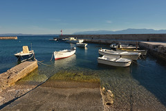 D71_6487A (vkalivoda) Tags: duba loďka rybářskáloďka fishingboats croatia boats jadran sky blue sea boat marina
