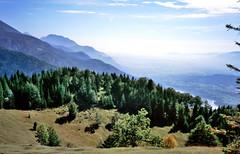 berglandschap bij Jesenice, Slovenië 1986 (wally nelemans) Tags: julischealpen slovenië slovenia 1986 slovénija jesenice