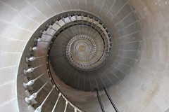1298 PHARE DES BALEINES (rustinejean) Tags: rustine construction phare architecture escalier
