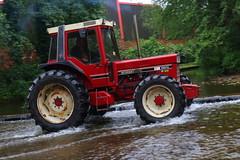 IMG_0443 (Yorkshire Pics) Tags: 1006 10062017 10thjune 10thjune2017 newbyhalltractorfestival ripon marchofthetractors marchofthetractors2017 ford fordcrossing river rivercrossing tractor tractors farmingequipment farmmachinery agriculture yorkshire northyorkshire