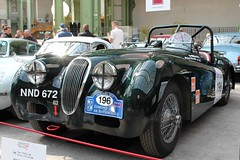 #196 Jaguar XK 120 1952 (seb !!!) Tags: roadster spider spyder grande bretagne anglais anglaise english british britain england brg vert green verde grün chrome 2017 auto automobile automovel automovil automobil canon 1100d cars course sportive anciennes ancienne old oldtimers populaire paris seb france voiture wagen car tour optic 2000 grand palais race racing competition photo picture foto image bild imagen imagem classique classic klassic