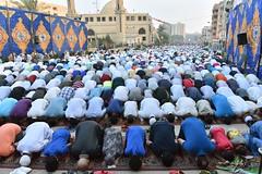 Eid AlFetr, Cairo, Egypt. (Haleem Elsha3rani حليم الشعراني) Tags: cairo egypt middleeast eid muslim islam prayer northafrica mosque muslims
