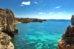 • exploring the coast of Portugal • (Rojs Rozentāls) Tags: praia praiadamarinha algarve portugal coast cliffs