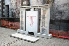 85-Saint Martin des Noyers* (jefrpy) Tags: poitou 85vendee guerrede1418 psaget warmemorial ww1 france monumentauxmorts