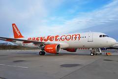 EasyJet - G-EZOK - London Gatwick Airport (LGW/EGKK) (Andrew_Simpson) Tags: gezok easyjet airbus a320200 a320 320200 320 ezy u2 lowcostairline lowcost budgetairline fwwin aircraft airplane aeroplane plane airside apron egkk lgw londongatwickairport londongatwick gatwickairport gatwick westsussex sussex unitedkingdom uk greatbritian gb avgeek avporn planepic planegeek planephoto aviationgeek