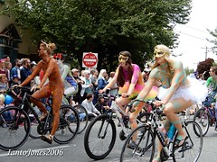 DSCN2083 (IantoJones2006) Tags: fremont solstice cyclists 2017 naked bike seattle parade nude painted body paint bicycle