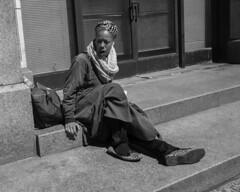 Broad Street, 2017 (Alan Barr) Tags: philadelphia 2017 borad street streetphotography streetphoto sp blackandwhite bw blackwhite mono monochrome city urban candid people fujifilm fuji x70