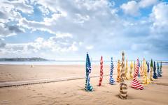 Esperando al verdugo (galavardo) Tags: fujifilm xa3 1650mmii playadesanlorenzo gijón asturias españa spain playa beach summer verano