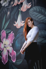(antonela.maresca) Tags: belu red redhair pelo rojo pelorojo peliroja jardinbotanico jardin botanico buenosaires buenos aires flores plantas verdes vegetacion ciudaddebuenosaires caba mujer fashion belleza roja mural arte street