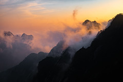 Huangshan Cloud Forest at Sunset (Parker Vandermeer) Tags: 2017 asia china cloudy forest hiking huangshan md4 mountain nationalpark nature nopeople r1 sky summer sun sunset trees yellowmountain