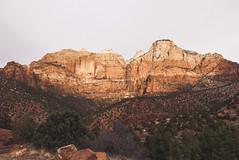 Golden (Fajar Pangestu) Tags: leica leicadlux109 utah nationalgeographic nationalpark ngc nature art travel trip usa america explore