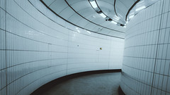 5879 (Panda1339) Tags: 28mm leicaq summiluxq london ldn tottenhamcourtroad cinematic tubestation uk architecture