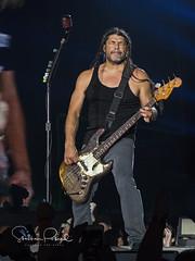 Metallica (Stephen J Pollard (Loud Music Lover of Nature)) Tags: metallica livemusic music músico musician música envivo concertphotography concert concierto artista performer roberttrujillo bassist bajista hardwiredtour2017 worldwiredtour2017