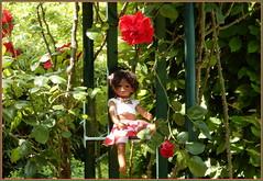 Die schönste Rose ... (Kindergartenkinder) Tags: annette himstedt dolls kindergartenkinder leleti gruga essen rose