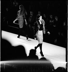 fashion-week berlin (look-book) Tags: mercedesbenzfashionweek berlin canon fd trix d76 12 85mm lasperical theavantgardeisanalogue lookbook analog blackandwhite sw analogous analogue análogo film fotos foto analogicas bw self developed blackwhite black white blancoynegro noiretblanc girl feminin feminity woman 35mm