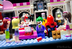 Terror at the Cupcake Cafe (that_brick_guy) Tags: toyphotography photography toy d7200 nikon dslr batvillains villains eraser quinn harley harleyquinn movie legobatmanmovie legobatman batman comics comic dccomics dc terror robbery prince clown clownprinceofcrime joker guns gun hood red redhood criminals crime city heartlake heartlakecity friends cupcakecafe cupcake cafe minifigures minifigure legominifigures legominifigure legofriends lego