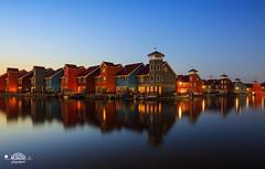 Reitdiephaven Groningen (nldazuu.com) Tags: reitdiep blue gekleurdehuizen burgerlijkeschemering blauweuur water reitdiephaven groningen bluehour blauwekwartier jachthavenreitdiep scandinavischebebouwing scandinavischehuizen