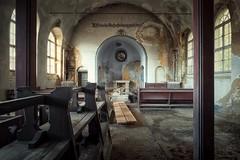 chapel (blende einspunktacht) Tags: chapel lostplaces verlasseneorte urbex urbanexploration decay abandoned lost canon tokina pray