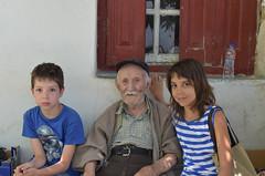 Με το θείο Γιώργο - With uncle Giorgos (Νίκος Αλμπανόπουλος) Tags: ikaria ικαρία
