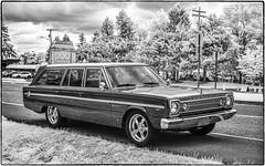 Plymouth Wagon (NoJuan) Tags: silverefexpro blackwhite blackandwhite microfourthirds micro43 olympusep5 olympus25mmf18 plymouth plymouthbelvedere stationwagon longintheroof