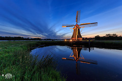 The Otherside | Molen de Helper @Paterswoldsmeer (nldazuu.com) Tags: bluehour blauweuur burgerlijkeschemering water avond nederland paterswoldsemeer bluehourbridge nldazuu nldazuufotografeertcom molendehelper groningen haren blauwekwartier landschap davezuuring avondfotografie