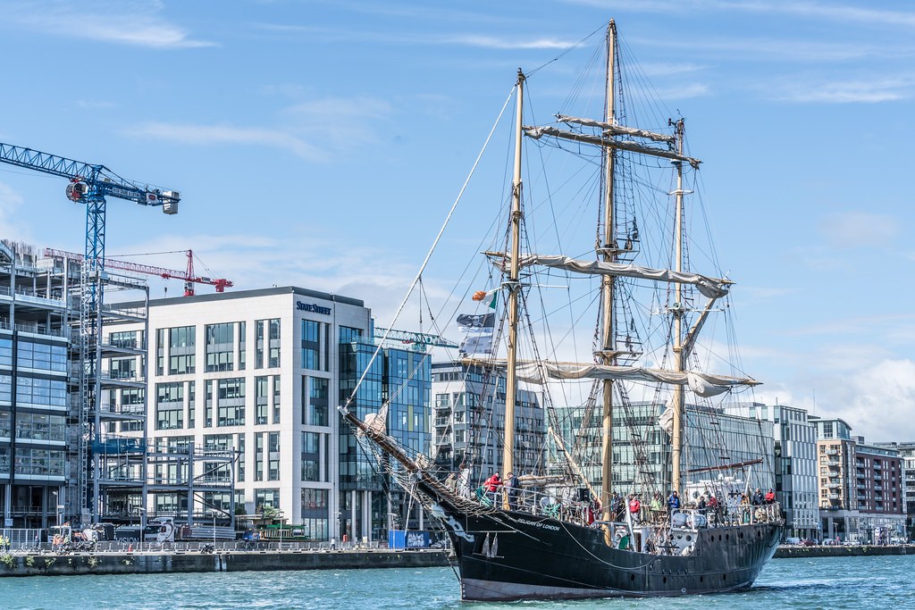 PELICAN OF LONDON [TALL SHIPS LEAVING DUBLIN PORT TUESDAY JUNE 6 2017]-129386