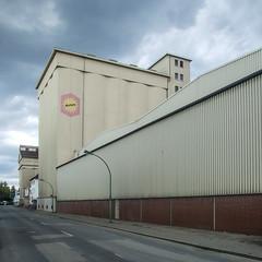 20120929-DSCF7954 (A/D-Wandler) Tags: frankfurt frankfurtammain hafen osthafen gewerbe hallen farbe fassade halle